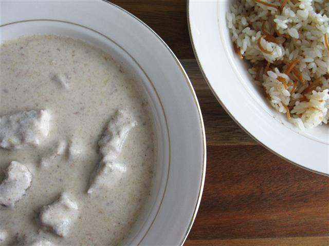 Shakriya (Arabic Meat in Yogurt Sauce)