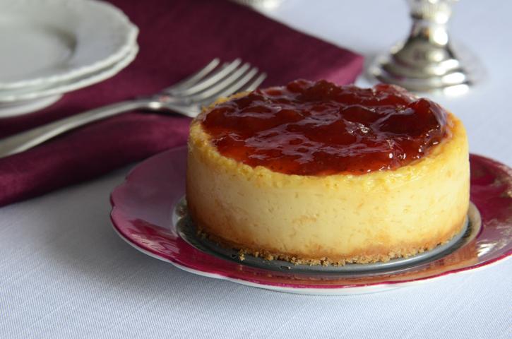"""Greek Yogurt """"Cheesecake"""" for Two {And an Exciting Announcement!}"""