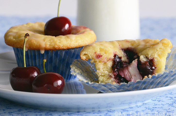 Cherry-Vanilla Cheese Danish Cupcakes 4