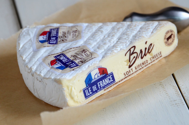Ile de France Cheese Review & Giveaway!
