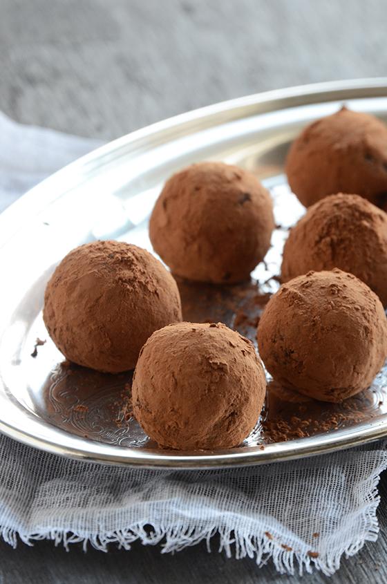 Superfood Spiced Autumn Truffles
