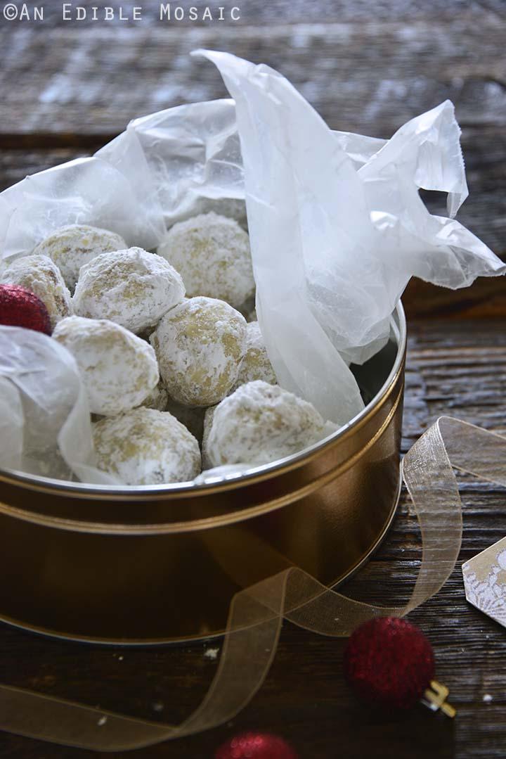 Italian Butterballs Cookies