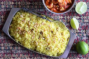 Saffron Rice with Golden Raisins and Pine Nuts (Roz Mlow'wan)