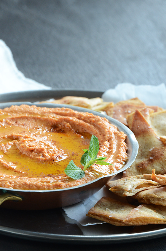 Quick Smoky Red Pepper Hummus and Baked Pita Chips