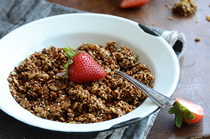 Paleo Maple-Cinnamon Granola