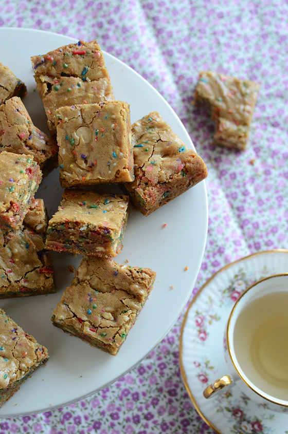 Funfetti Birthday Cake Batter Blondies On White Plate