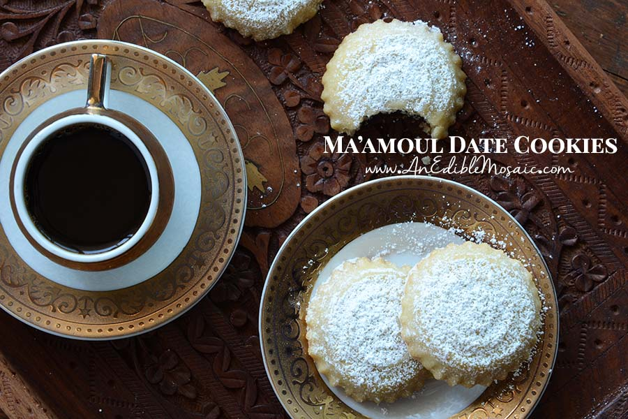 Maamoul Date Cookies with Description