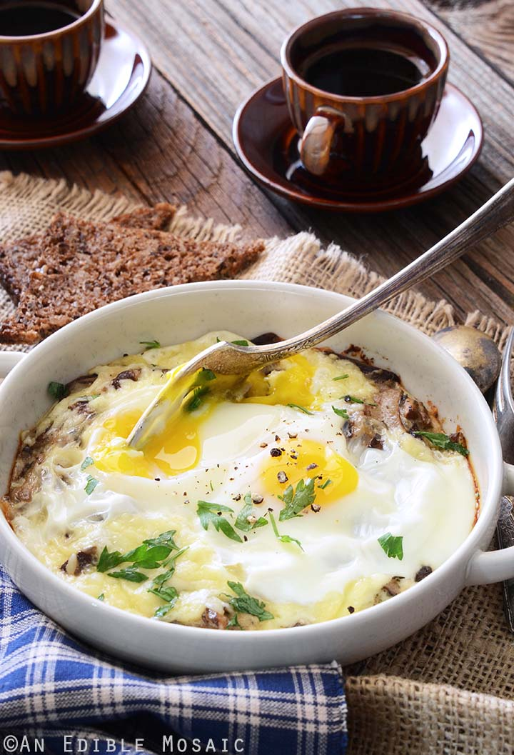 Baked Eggs with Cheese and Mushrooms