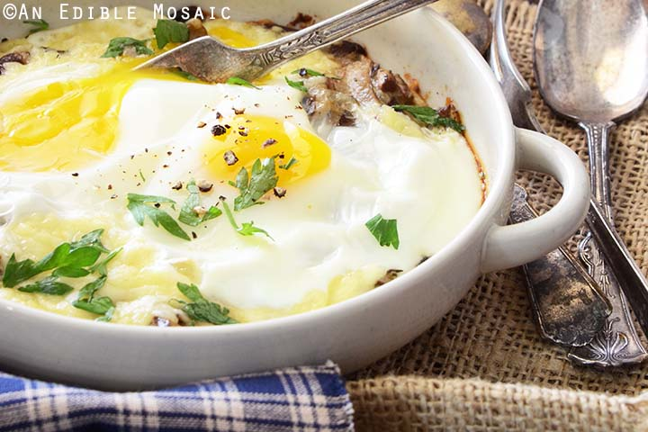 Eggs with Cheese and Mushrooms
