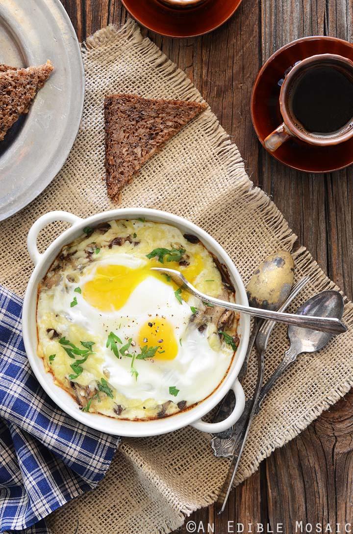 Mushroom Cheesy Baked Eggs Recipe