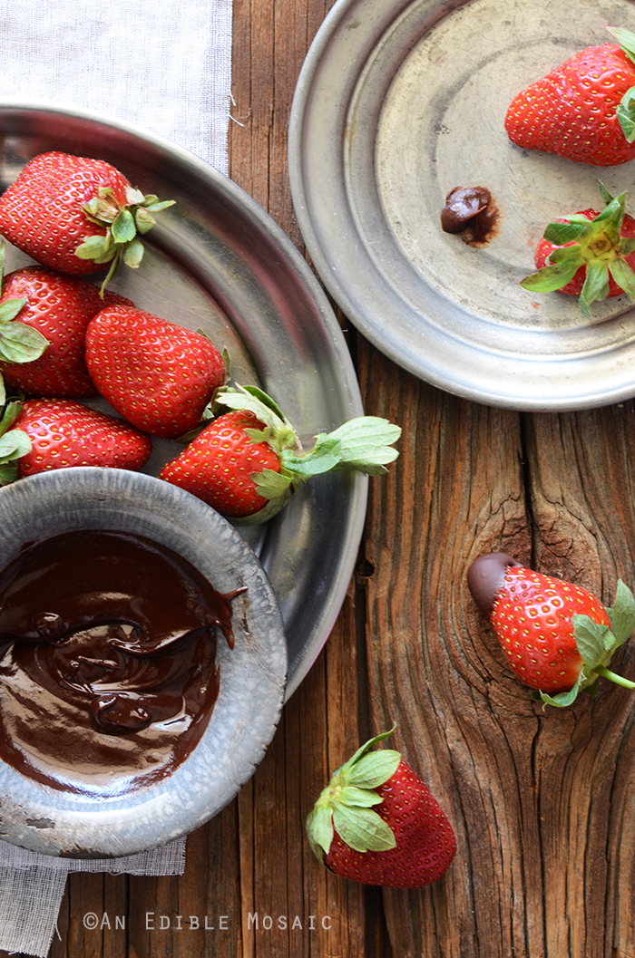 2-Ingredient Dark Chocolate Fondue {Paleo} 4