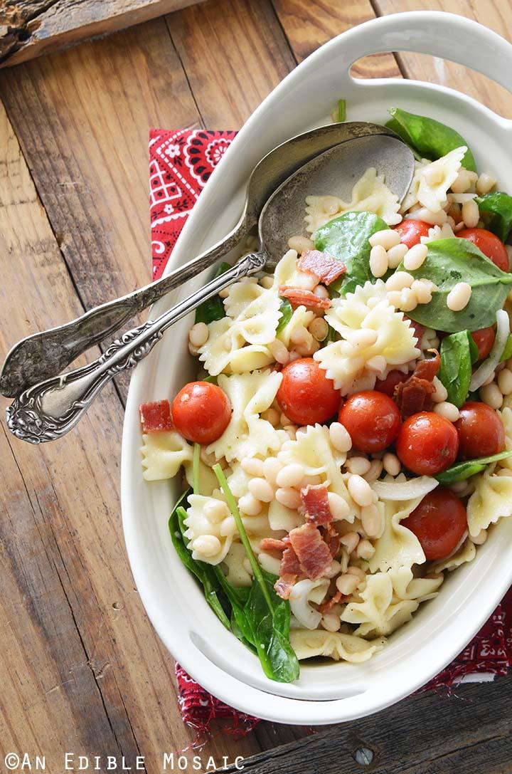 Healthy BLT Pasta Salad