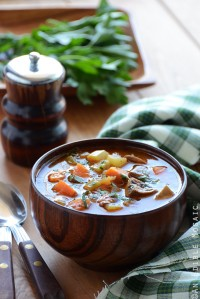 Hearty Garlic and Herb Mushroom Stew {Paleo and Vegan-Friendly}