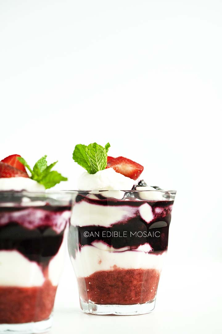 Easy Berry No Bake Cheesecake Parfaits Recipe