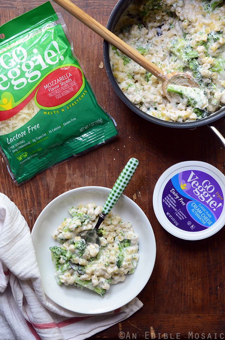 Stovetop White Cheese Macaroni and Cheese with Broccoli 2