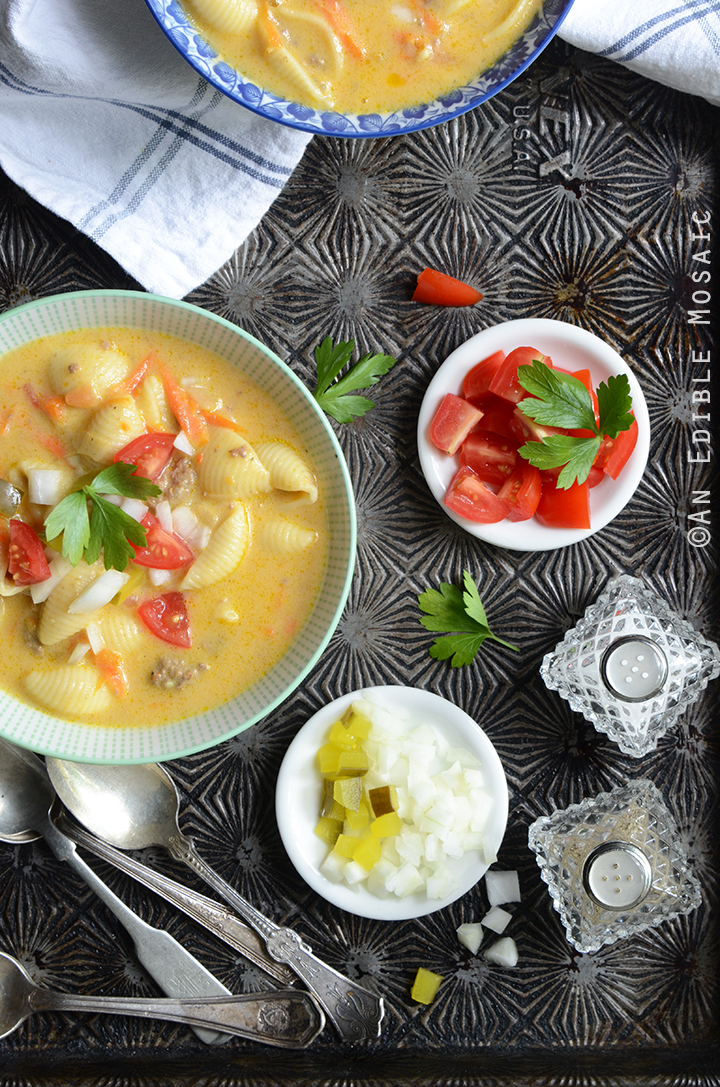 Macaroni and Cheeseburger Vegetable Soup 1