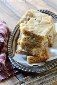 Butterbeer Brown Butter Blondies with Toasted Pecans {Inspired by Harry Potter}