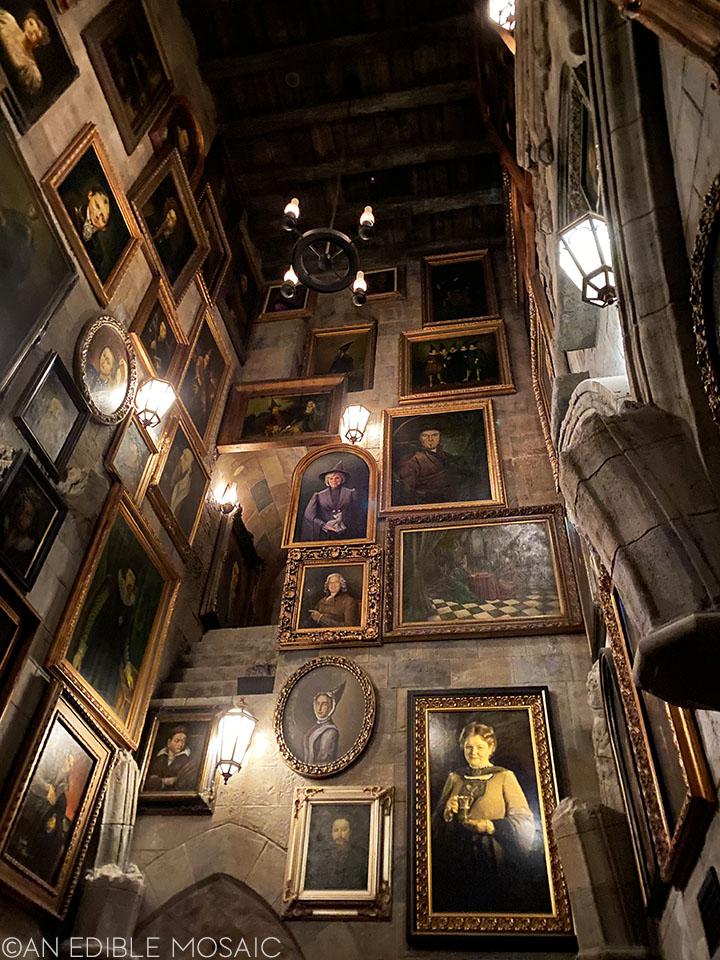 talking pictures inside hogwarts castle in harry potter world