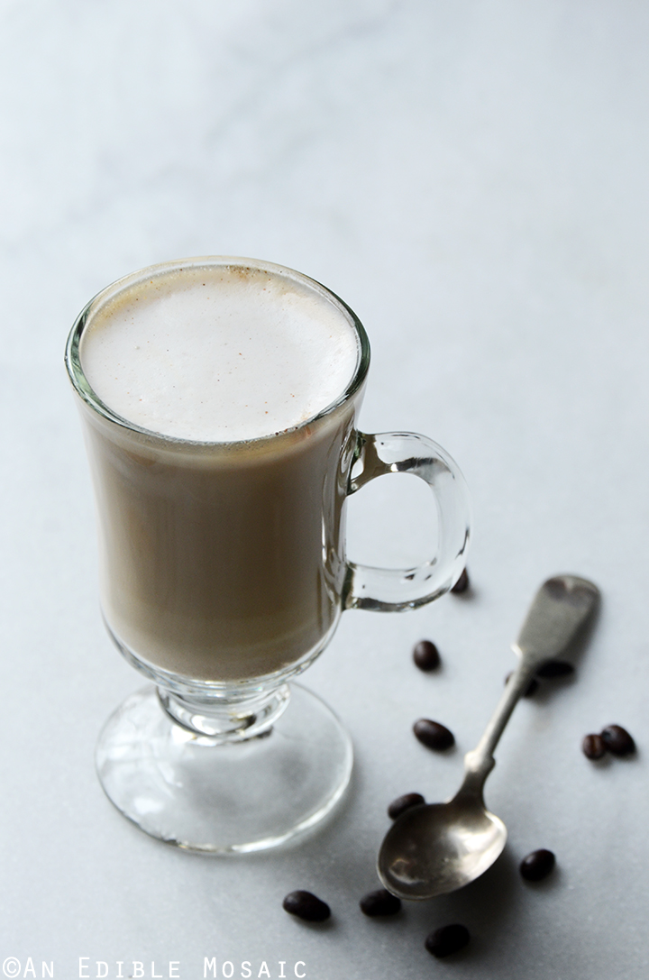 Easy Homemade Vanilla Almond Lattes 1