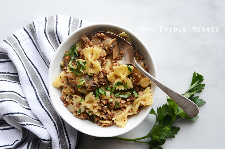 Kasha Varnishkes (Buckwheat Groats with Bowtie Pasta) 4