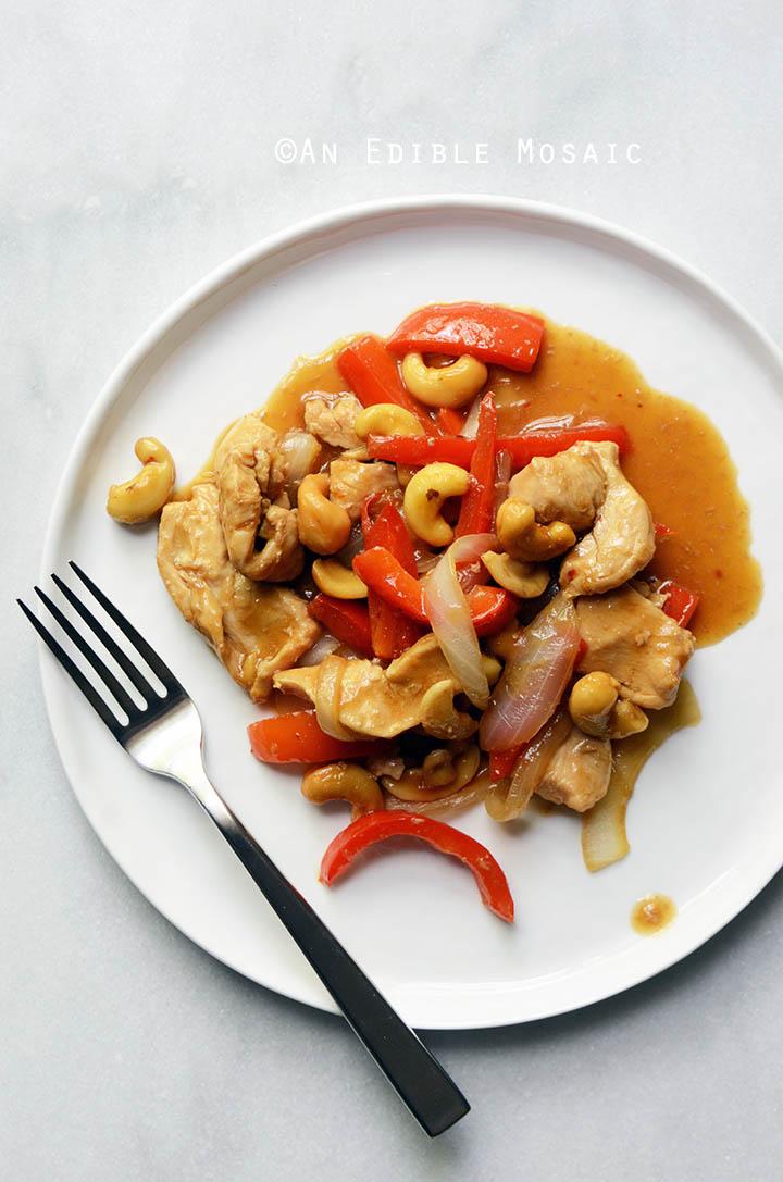 30-Minute Thai-Inspired Cashew Chicken Skillet Supper {Paleo} 1