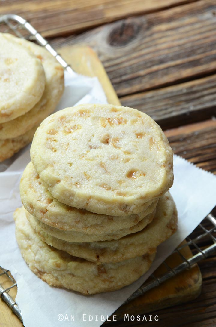 slice-and-bake-butter-toffee-shortbread-cookies-1