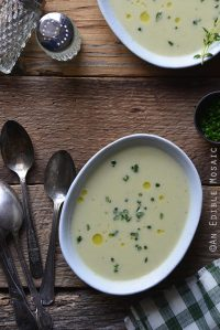 Creamy Garlic and Chive White Bean Chowder with Leeks {Gluten-Free}