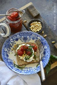 Oven-Roasted Garlicky Grape Tomatoes and Fancy Toast {Wolf Gourmet Four-Slice Toaster Giveaway Worth $499}