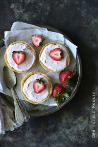 Low-Carb Strawberry Mousse Tartlets