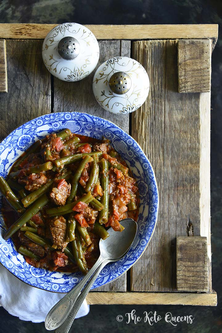 Keto Green Beans and Stewed Beef in Spiced Tomato Sauce