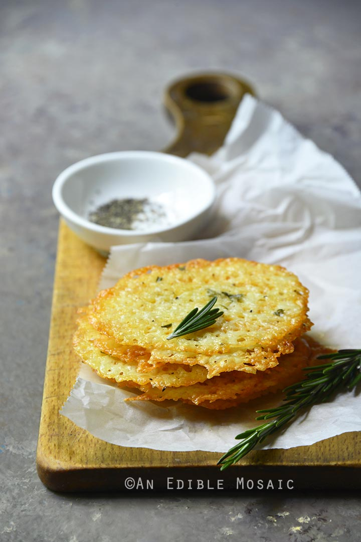 Low Carb White Cheddar Cheese Crisps with Rosemary and Black Pepper