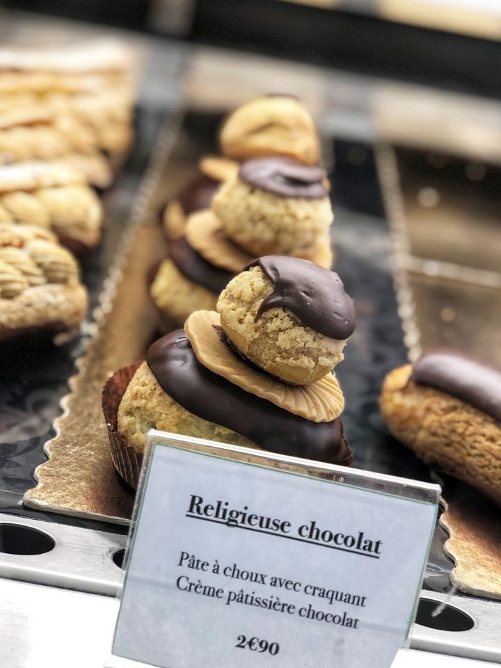 Religieuse Chocolat in Bakery Case