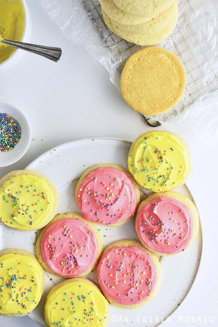 Frosting Soft Sugar Cookies