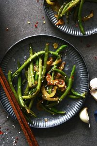garlic chinese green beans featured image