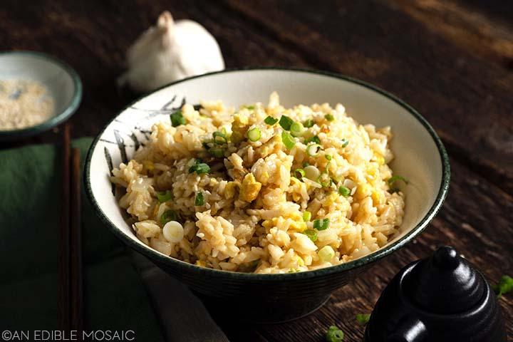 japanese yakimeshi in rice bowl