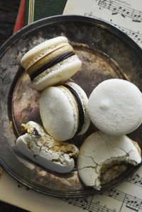 macarons with chocolate ganache and coffee buttercream featured image