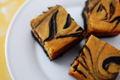 pumpkin-spice-cheesecake-brownies-by-beantown-baker