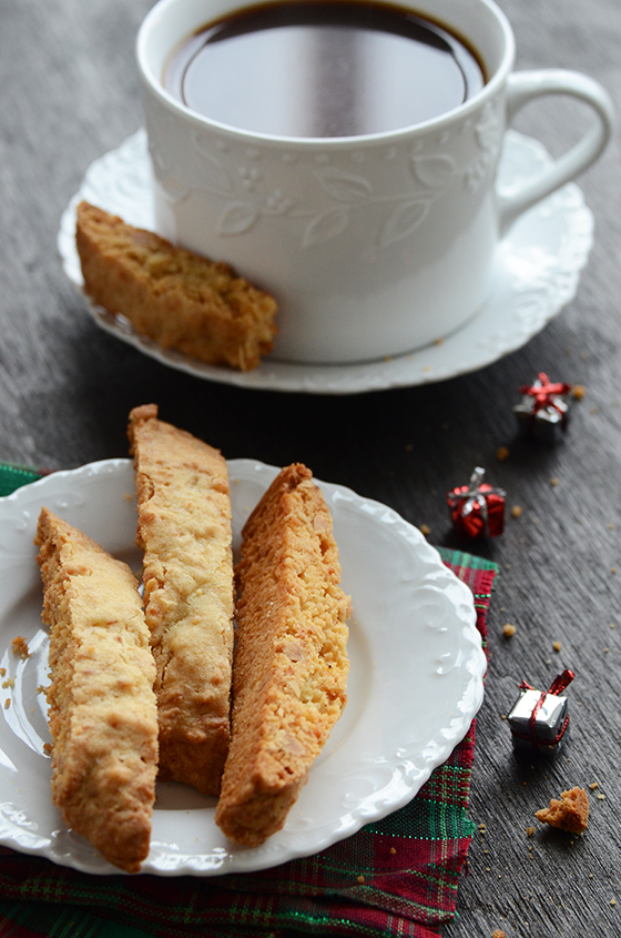 Nutty Biscotti 7 Days Of Festive Holiday Treats An